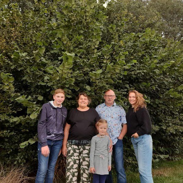 Jan en Gonnie van der Veen en hun kinderen